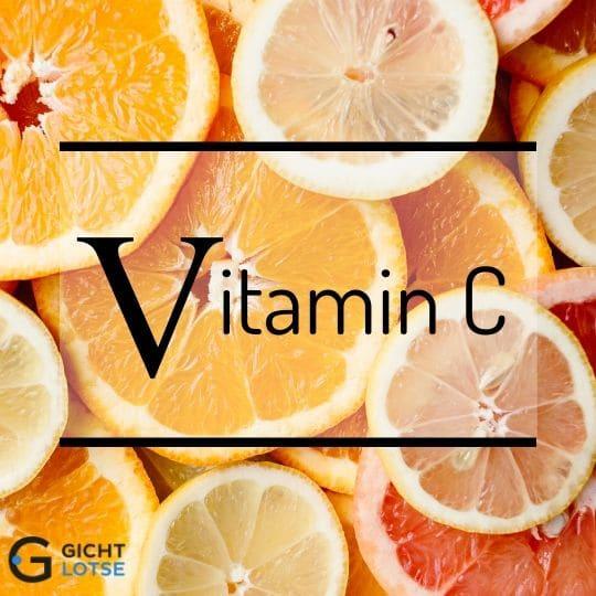 Aufgeschnittene Orangen und Zitronen